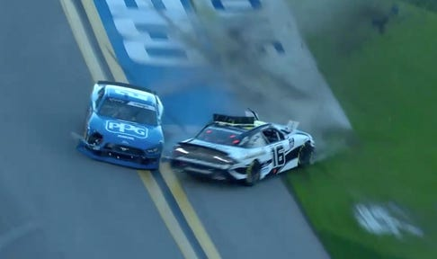 AJ Allmendinger and Austin Cindric make contact to win Stage 1