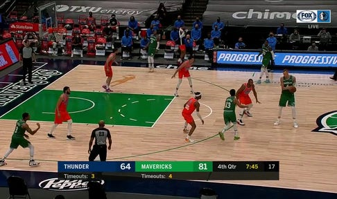 HIGHLIGHTS: Kristaps Porzingis extends the lead with 3