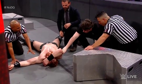 Drew McIntyre and Sheamus collide in violent No-Disqualification Match