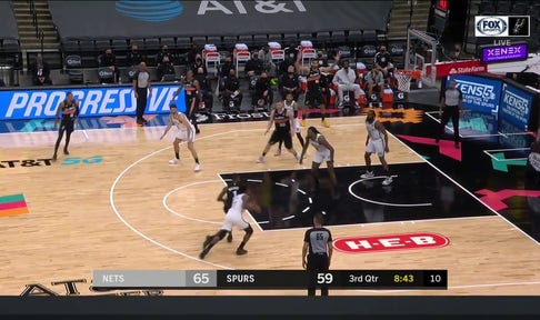 HIGHLIGHTS: Lonnie Walker IV with the Spin Move to the Rim