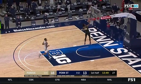 Jaden Ivey throws down one-handed dunk to give Purdue an early 20-13 lead over Penn State