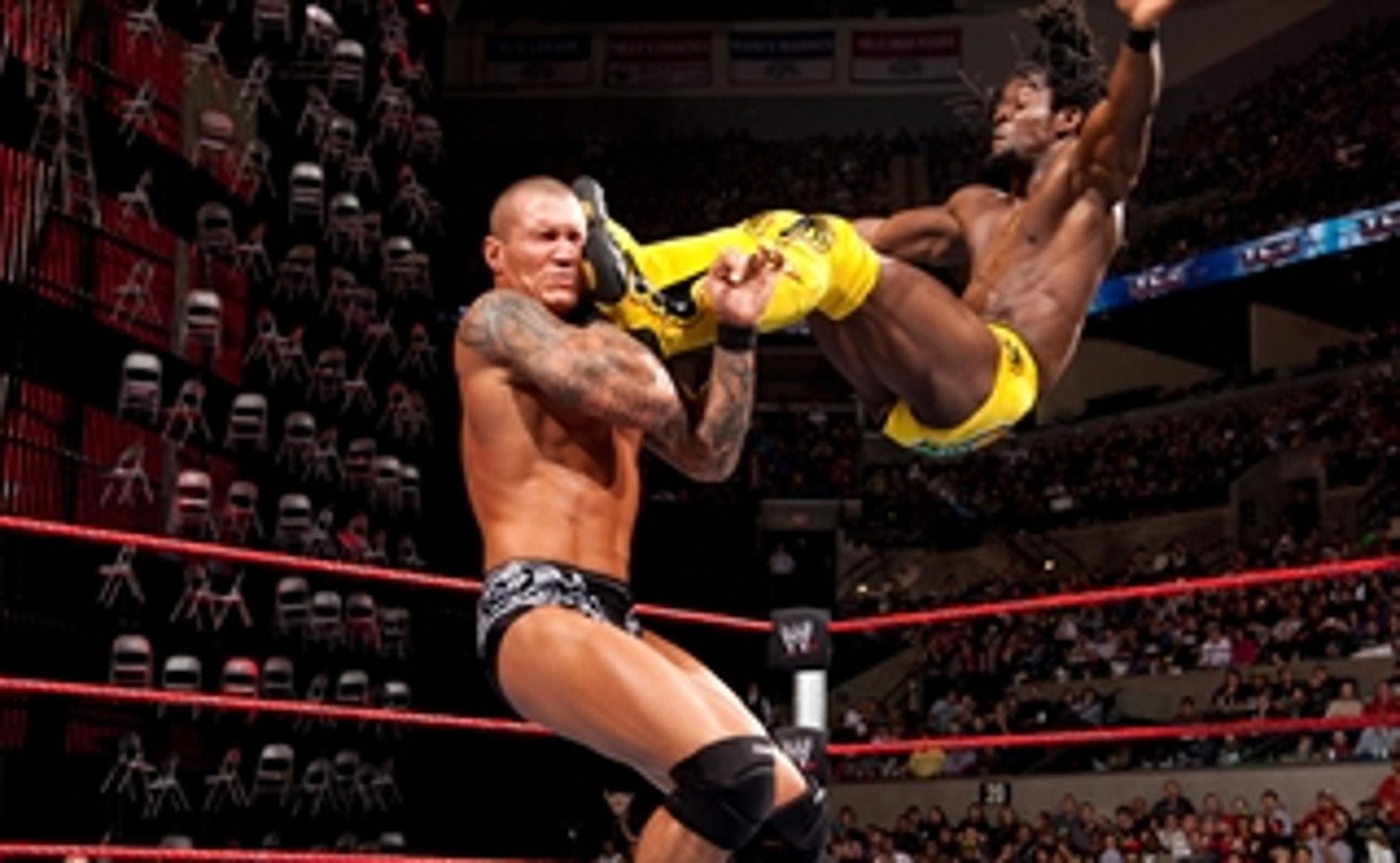Kofi Kingston vs. Randy Orton: WWE TLC 2009 (Full Match)   FOX Sports