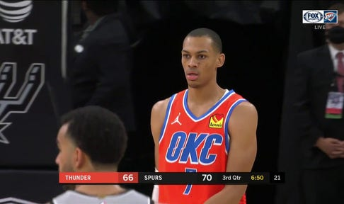 HIGHLIGHTS: Darius Bazley Steal Leads to Fastbreak Dunk