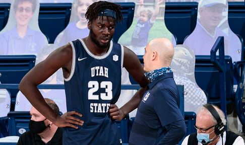 Utah State emerges victorious after strong defensive effort vs. Wyoming, 72-59