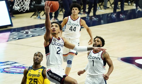 James Bouknight puts up 24 points as UConn handles Marquette, 80-62
