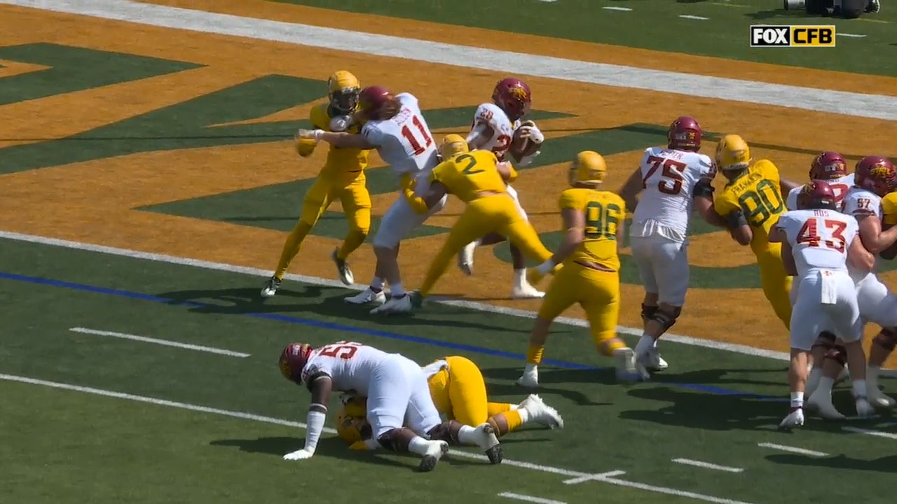 Breece Hall punches in two-yard TD run to give Iowa State an early 7-0 lead over Baylor