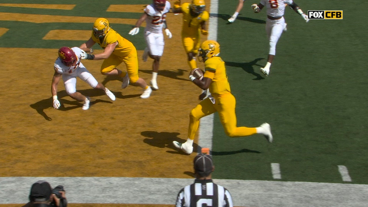 Gerry Bohanon cruises into the end zone, Baylor ties it up with Iowa State at 7-7