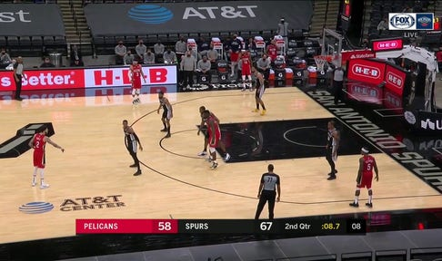 HIGHLIGHTS: Zion Draws the Contact and Gets the Foul Call