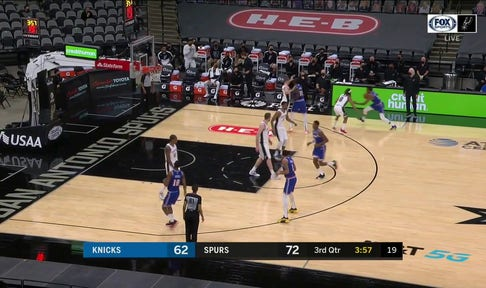 HIGHLIGHTS: Luka Samanic Gets the Triple to go in the 3rd Quarter