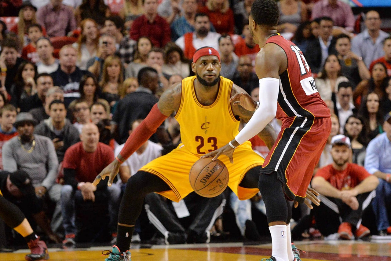 Heat come out on top in LeBron's return