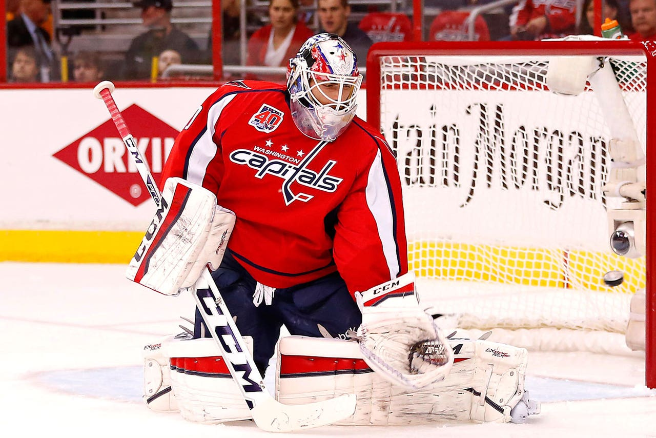 Capitals Sign Goalie Holtby To 5 Year 30 5 Million Deal Fox Sports