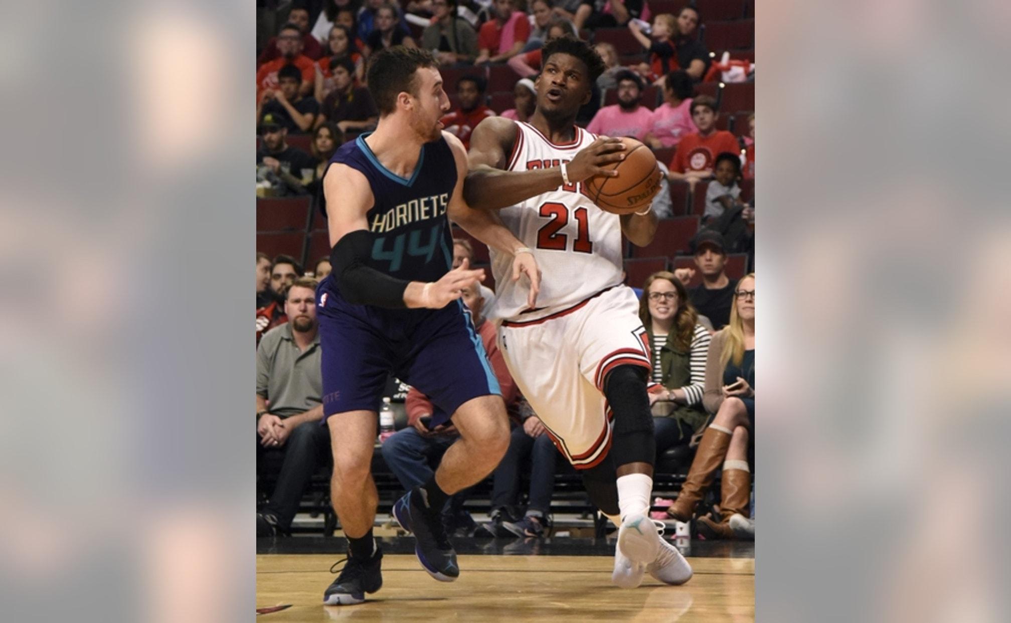 Sports On Christmas Eve 2020 Chicago Bulls vs. Charlotte Hornets: Game Outlook for Pre