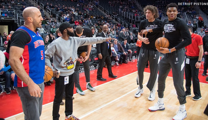 Cesaro confronts Giannis Antetokounmpo and Robin Lopez during Detroit Pistons' WWE Night